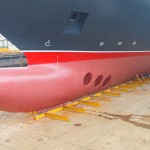 The bulbous bow of the Queen Victoria