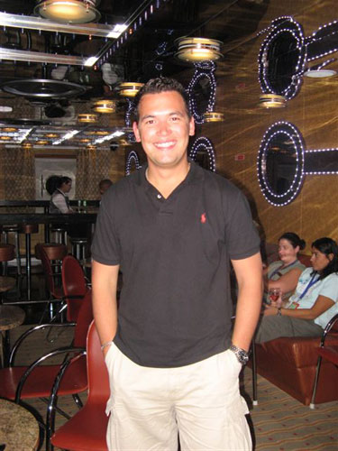 4.Ricardo - Assistant Shore Excursion Manager
