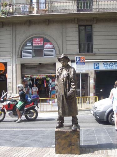 1. A Human Statue at LaRambla