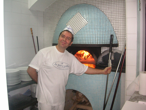 The Chef and his Pizza Oven (I had fish; no carbs for me and it was brilliant)