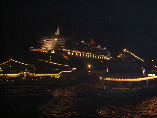 6. The Queen at Night