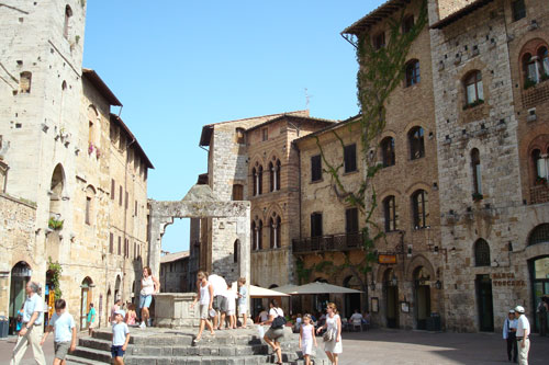 4. San Gimignano
