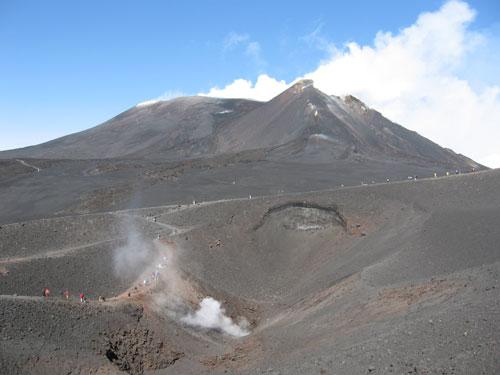 The Mount Etna at 2900 tour