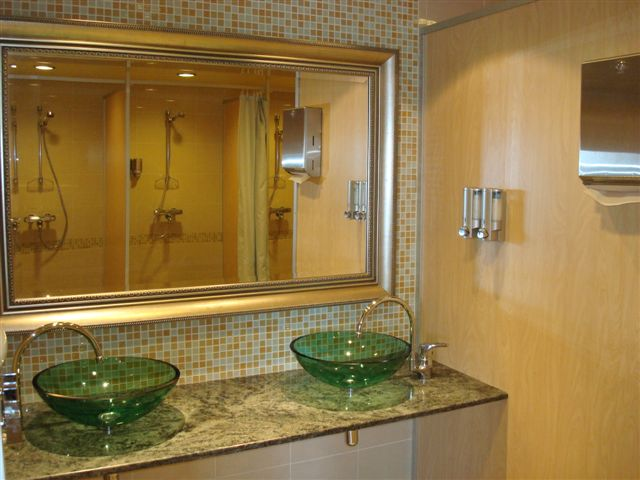 ladies-shower-room.jpg