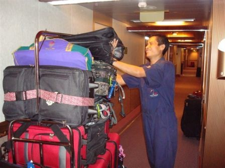 more-hardworking-staff-and-luggage.jpg