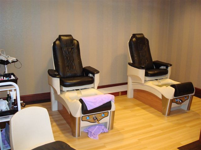 pedicure-seats.jpg