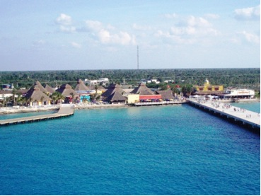 the-new-carnival-pier-in-cozumel-e28093-puerta-maya