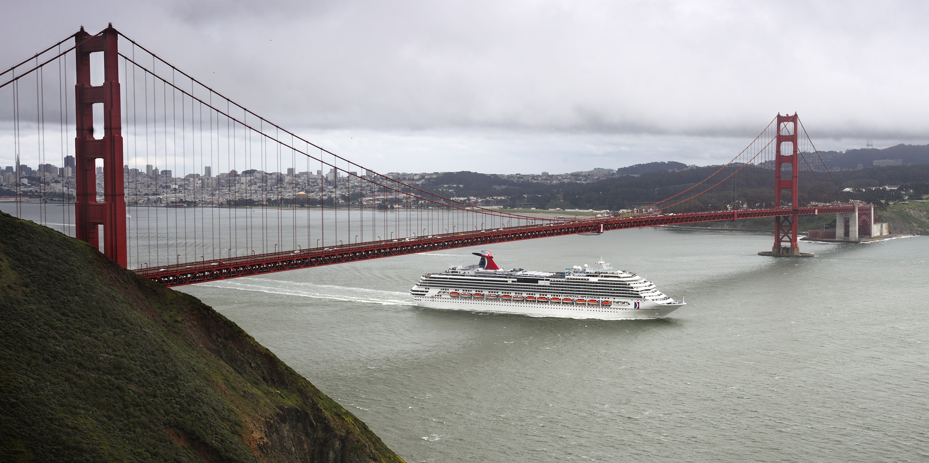 ship_splendor_san_francisco_032109_dsc4344