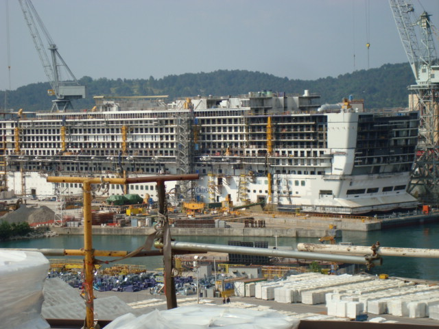 DSC03529-A view of the new P&O Azura, due for delivery in 2010
