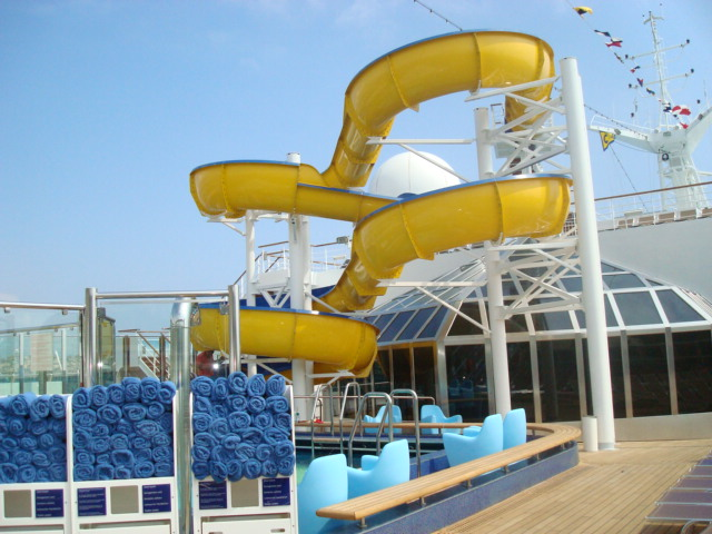 DSC03584-Slide on Lido Deck