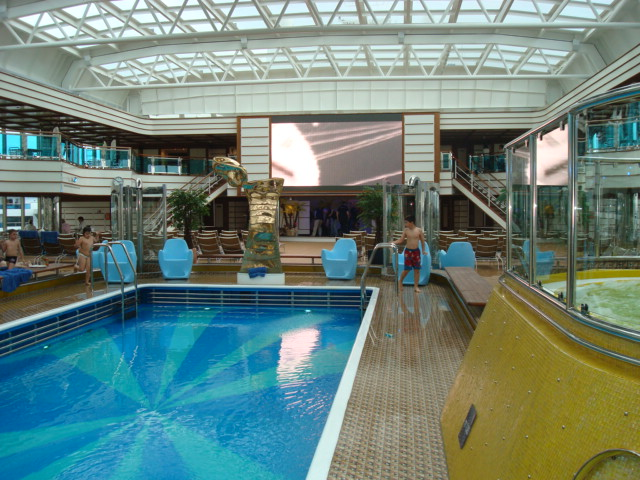 DSC03639-Main Pool