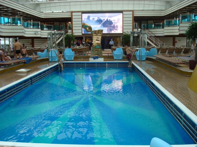 DSC03640-Main Pool