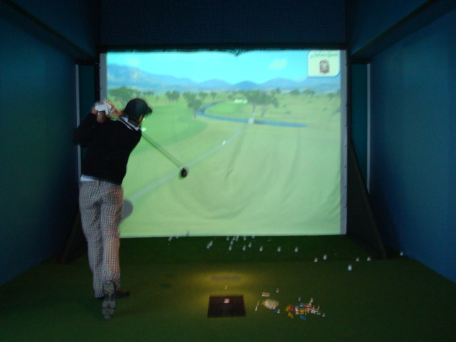 DSC03647-Golf Simulator