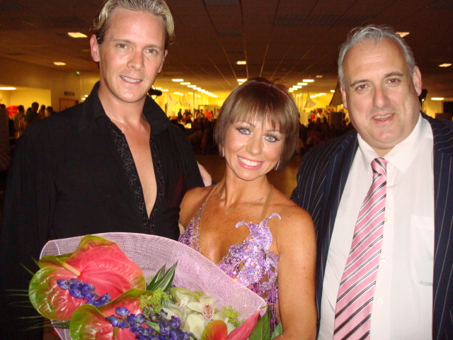 DSC03712-Dancing with the Stars professionals with John