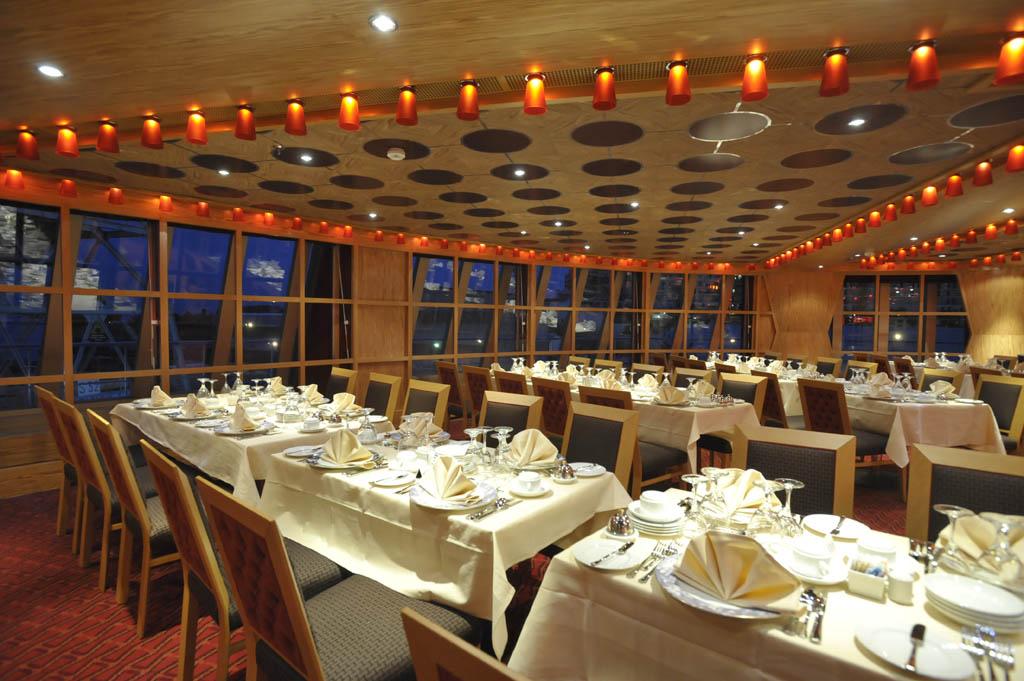 dream_scarlet_restaurant_091609_DSC1872